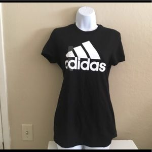 Woman size small Adidas ✨black and white shirt